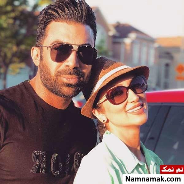 همسر روناک یونسی در کنار او