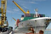 کشتی حامل ۶۵ هزار تن کالای اساسی در بندر چابهار پهلو گرفت