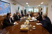 دیدار سرپرست و اعضای هیأت مدیره سازمان منطقه آزاد انزلی با مشاور رییس جمهور