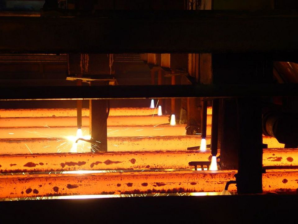 تلاش می کنیم برنامه های ذوب آهن اصفهان محقق شود