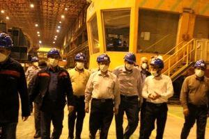 بازدید اعضای کمیسیون اصل ۹۰ از شرکت فولاد اکسین با هدف حمایت از تولید محصولات فولادی با ارزش