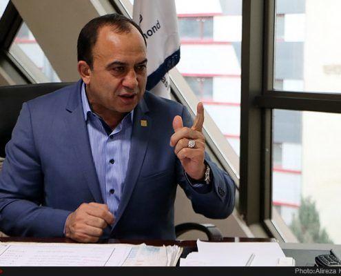 ahad-azimzadeh-rich-business-man-495x400
