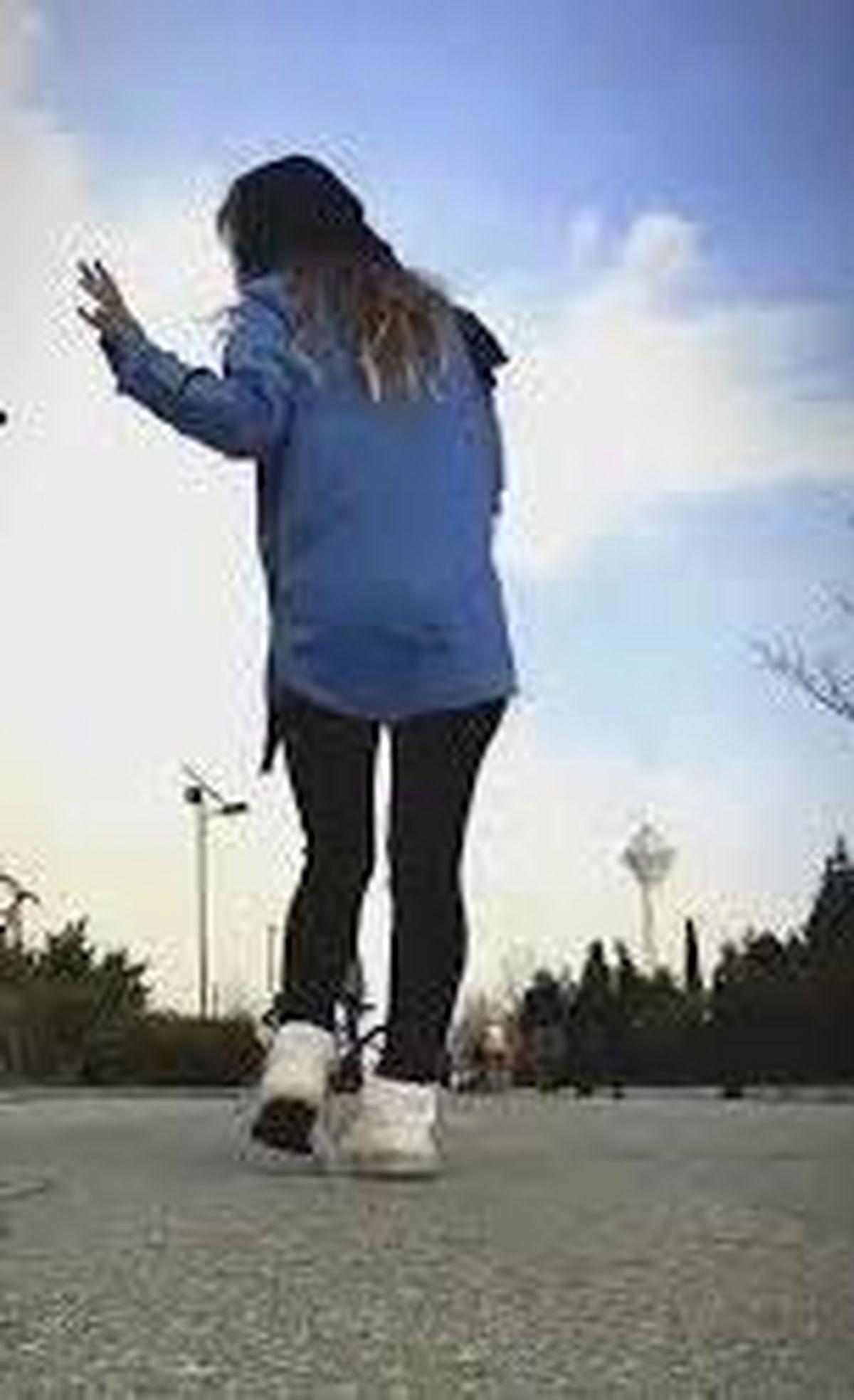 دختر رقصنده ی مشهدی دستگیر شد/فیلم و عکس های او جنجالی شدند!