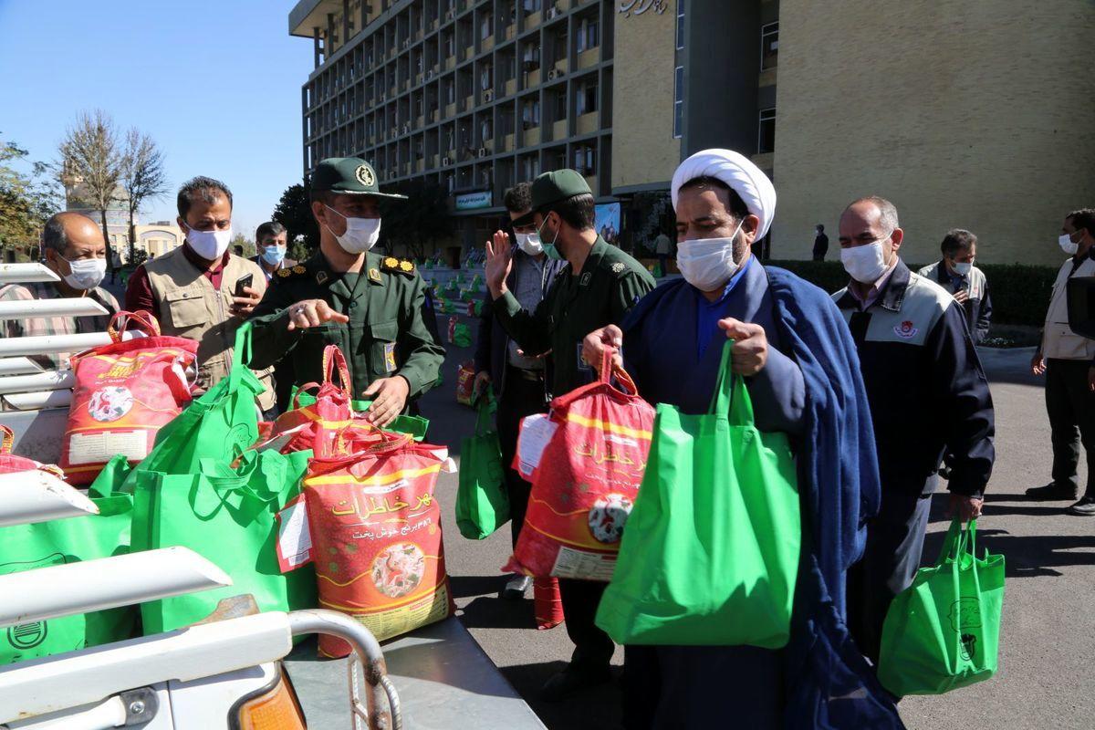 اهداء یک هزار بسته غذایی در پویش مهر اربعین