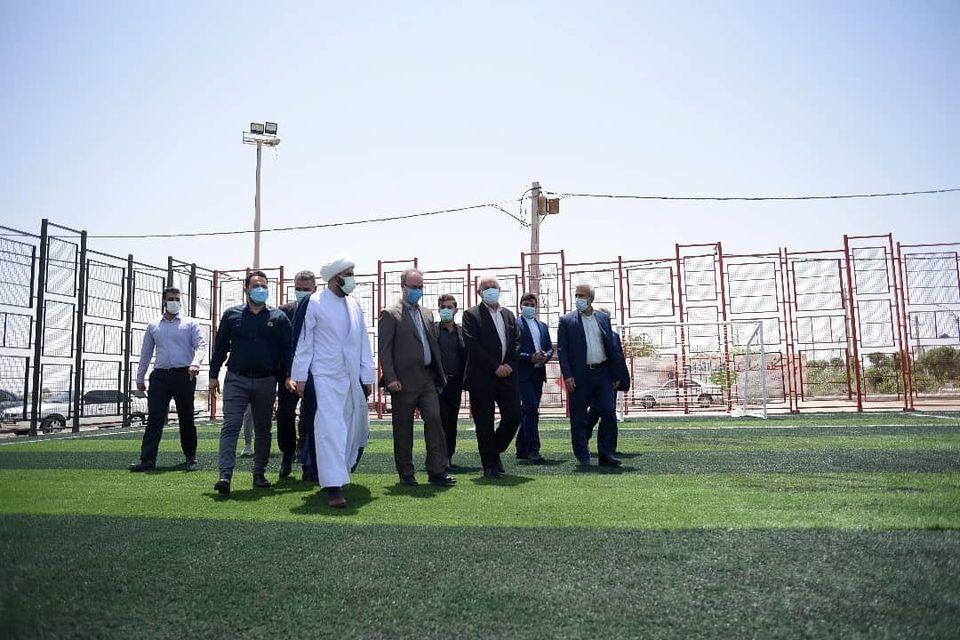 بازگشایی و بازسازی  زمین چمن مصنوعی شماره 1 شهرداری چمران