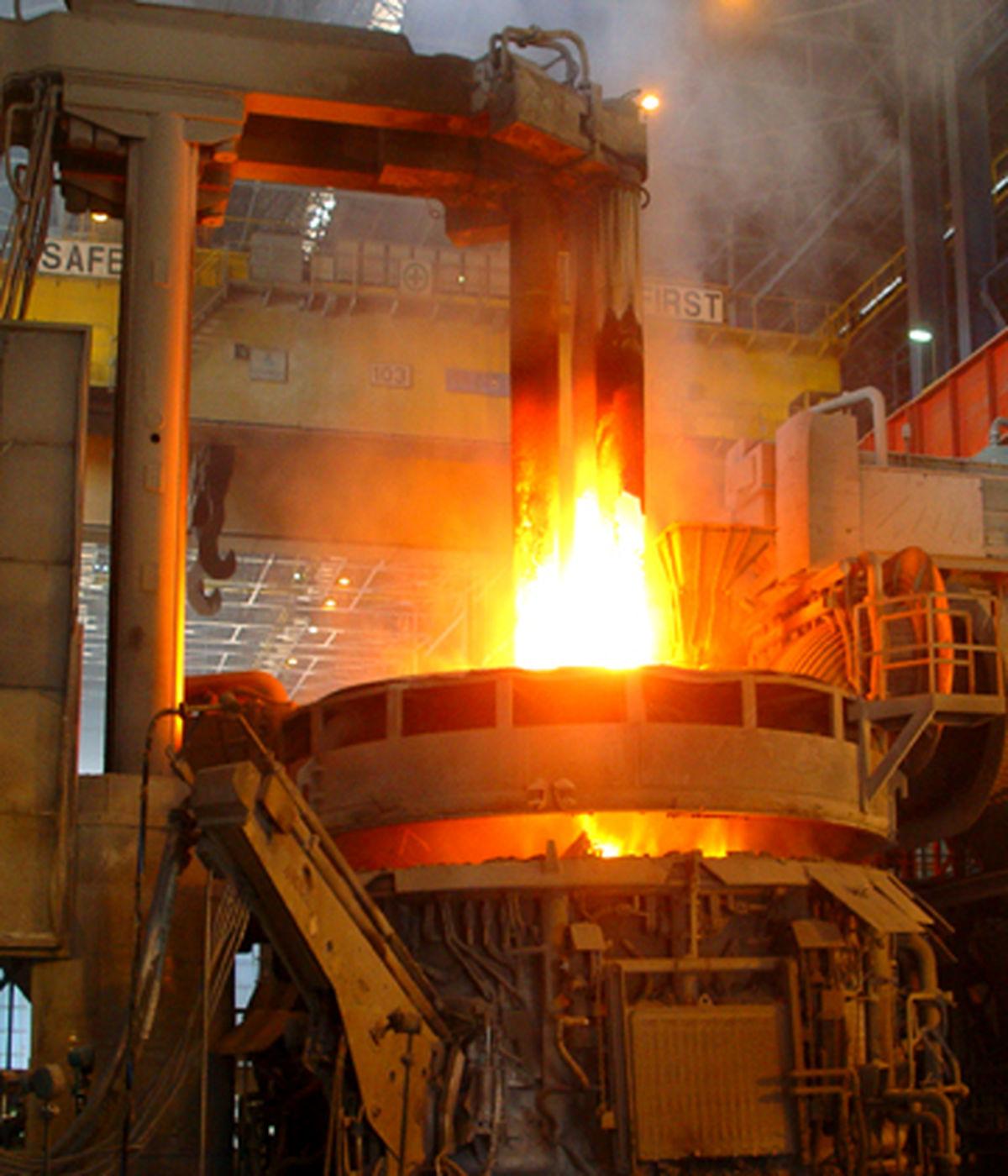 تابستان داغ فروش فولاد خراسان با 76 درصد رشد درآمد مالی